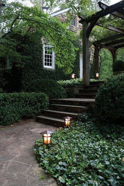 Hinkley Outdoor Lighting
