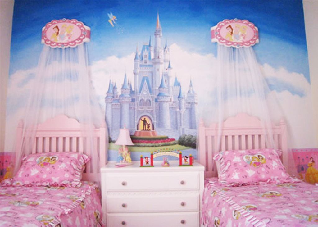 Princess bedroom decorating ideas decor ideasdecor ideas for Bedroom ideas for 3 beds