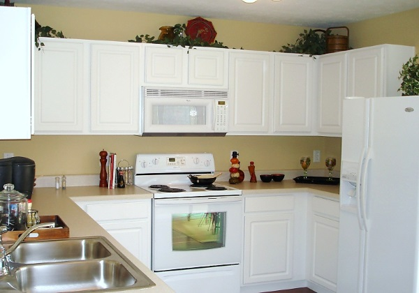 Refinishing White Kitchen Cabinets