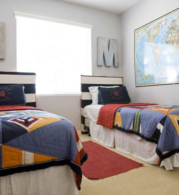 Twin boys bedroom ideas decor ideasdecor ideas for Room design 2 twin beds