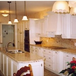 Pictures of White Kitchen Cabinets and Granite Countertops