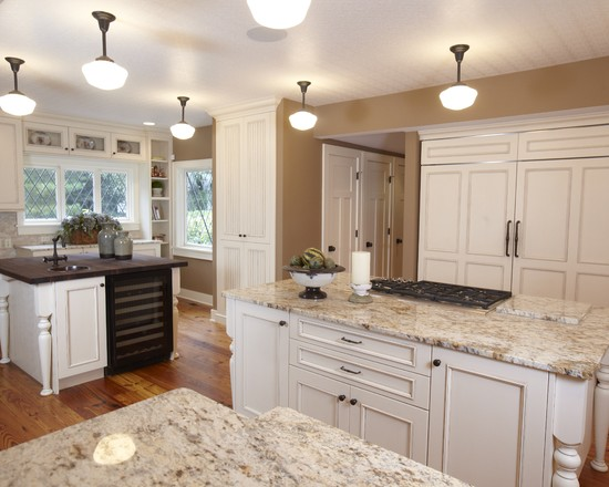 White kitchen cabinets with granite decor ideasdecor ideas for Pictures of white kitchen cabinets with granite countertops