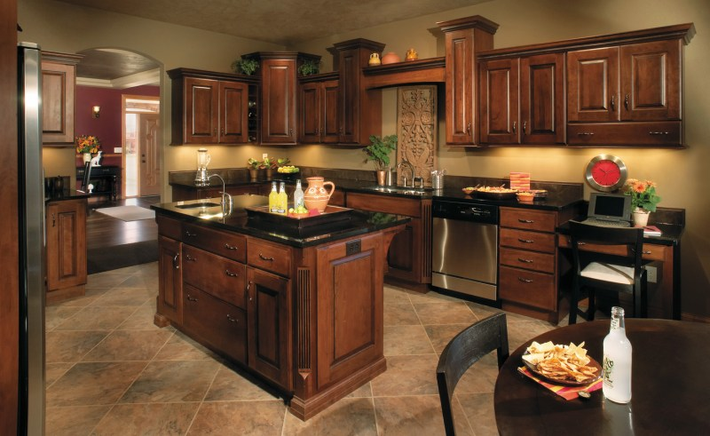 Best paint color for kitchen with dark cabinets decor for Dark brown painted kitchen cabinets