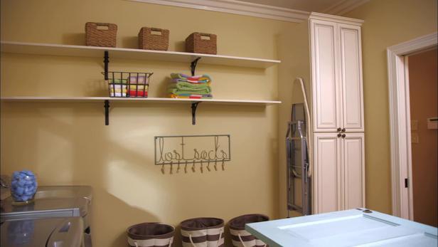 diy laundry room cabinets decor ideasdecor ideas. Black Bedroom Furniture Sets. Home Design Ideas