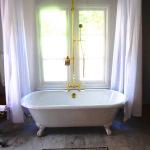 Shower Curtain Rod for Clawfoot Bathtub