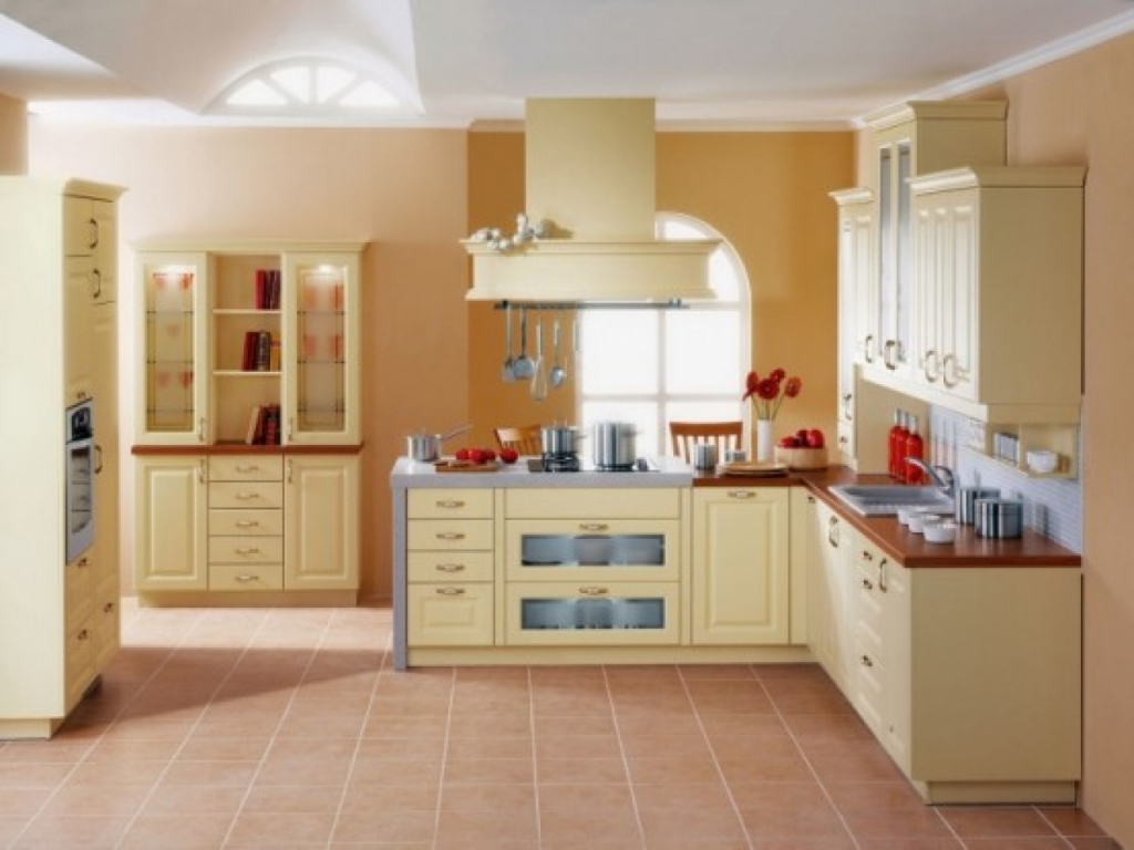 Top kitchen paint colors decor ideasdecor ideas for What color to paint small kitchen