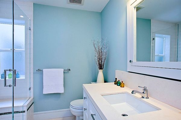 Blue and white bathroom decorating ideas decor for Blue white bathroom ideas