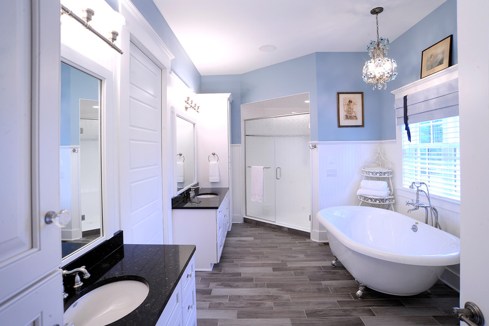 Blue and White Bathroom Ideas