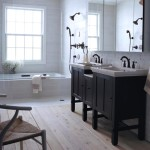 Vintage Black and White Bathroom Designs