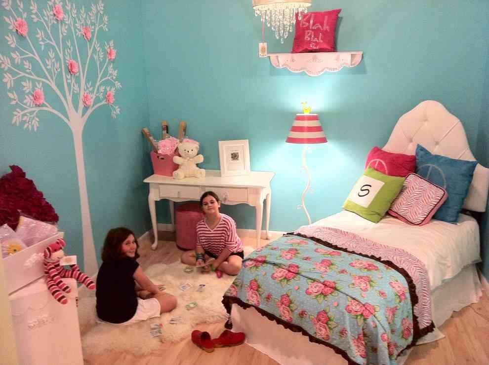 Girls teal bedroom decor ideasdecor ideas for Bedroom ideas for girls