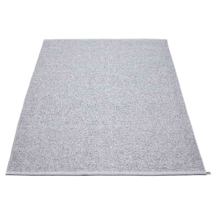 Light Gray Area Rug