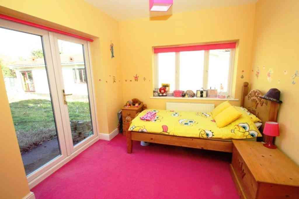 Pink and yellow bedroom ideas decor ideasdecor ideas for Yellow bedroom ideas