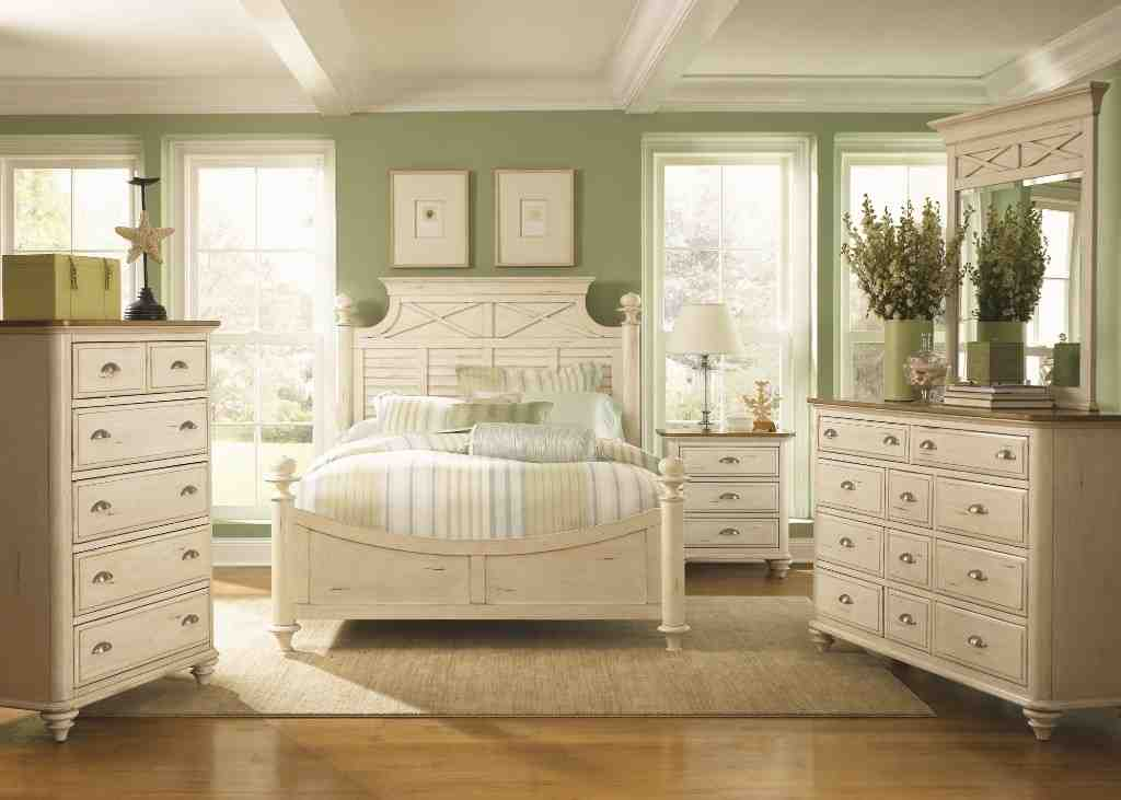 Antique white bedroom furniture sets decor ideasdecor ideas - White vintage bedroom furniture sets ...