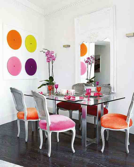 Colored dining room chairs decor ideasdecor ideas for Colorful dining chairs