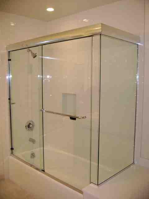 Frameless Sliding Glass Shower Doors for Bathtubs