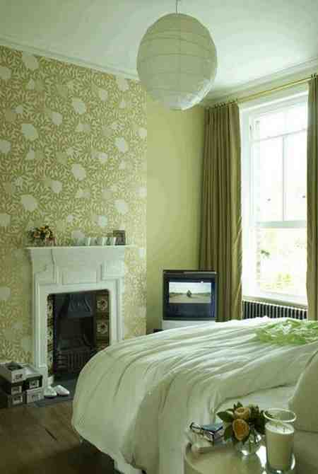 Green bedroom wallpaper decor ideasdecor ideas for Green bedroom wallpaper