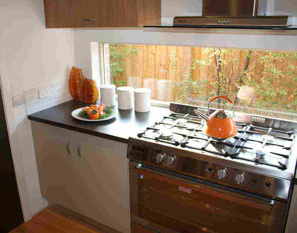Kitchen Window Splashback Decor IdeasDecor Ideas