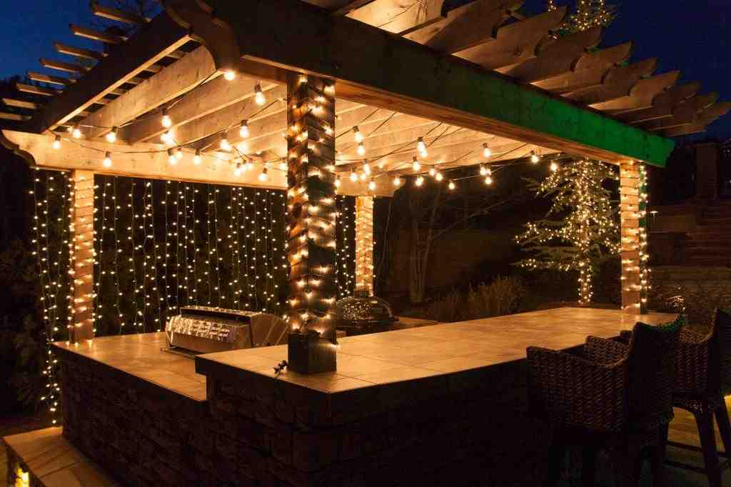 Backyard deck lighting ideas 2017 2018 best cars reviews for Balcony lighting ideas