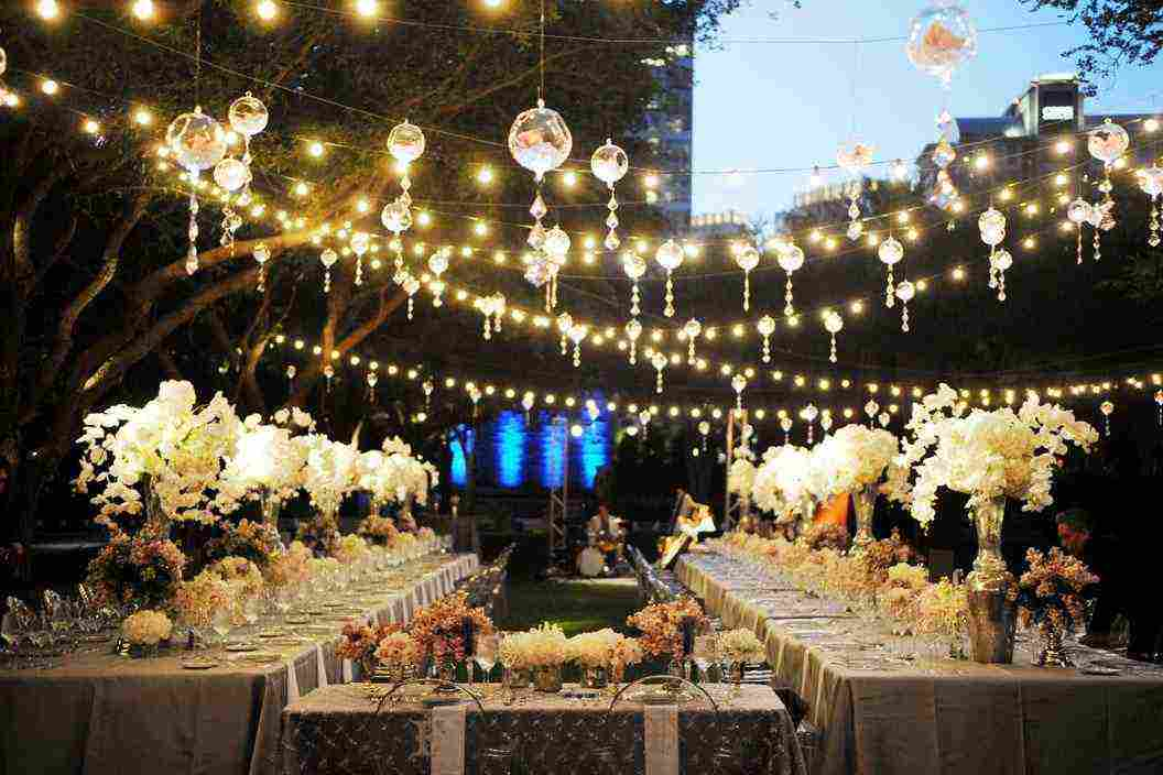 How To Hang String Lights For Outdoor Wedding : Outdoor Patio Hanging String Lights - Decor IdeasDecor Ideas