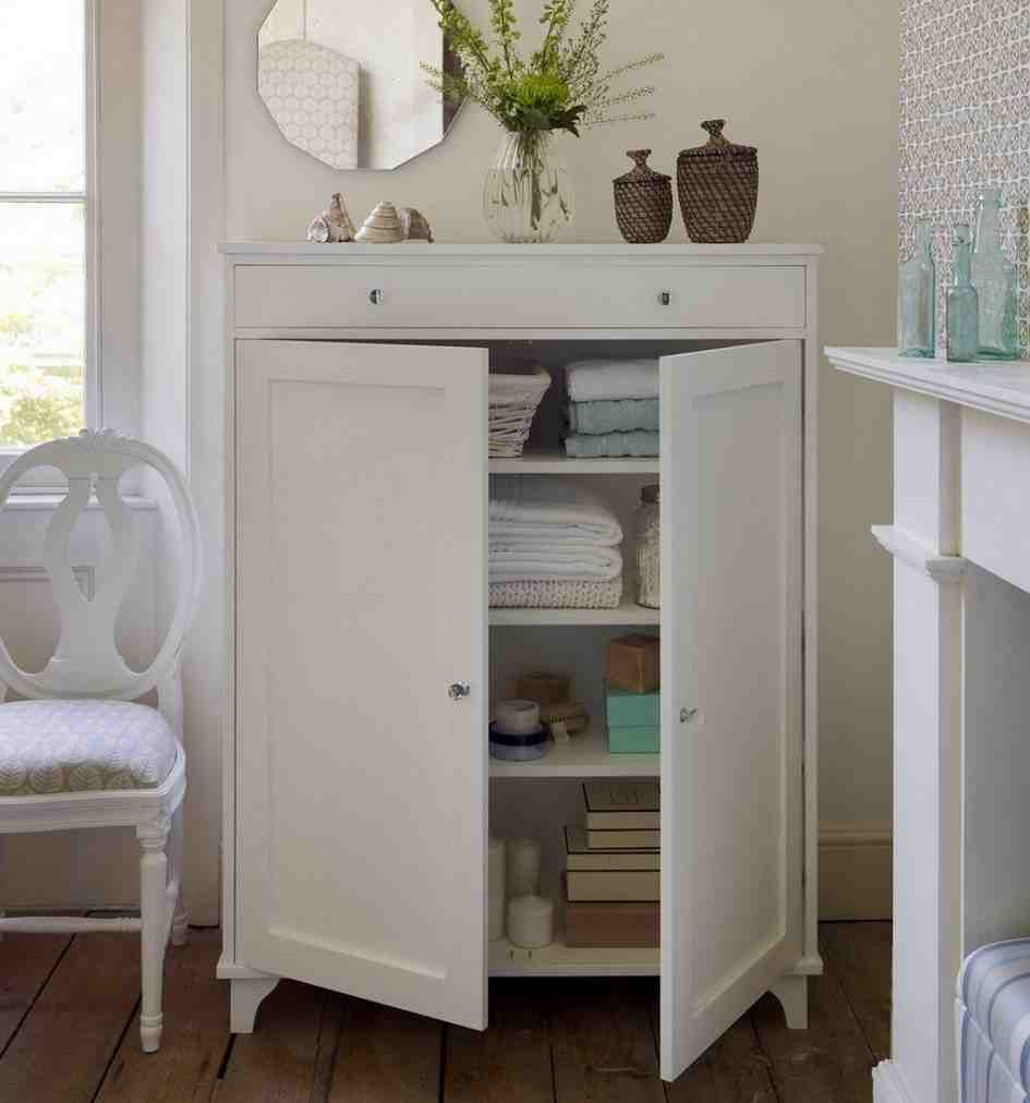 Bathroom cabinet storage ideas decor ideasdecor ideas for Bathroom cabinet organizer ideas