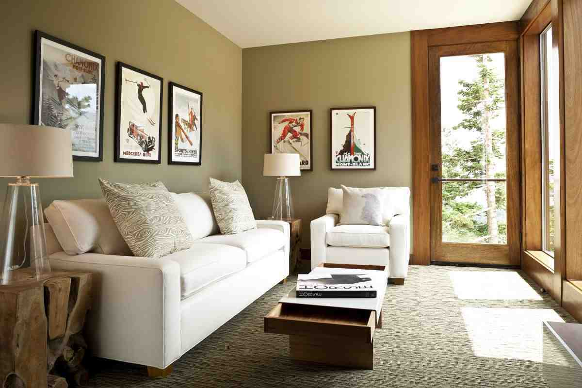Furniture arrangement for small living room decor for Living room ideas small apartment