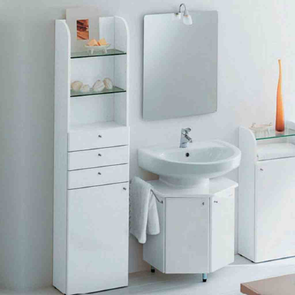 Storage ideas for small bathrooms with cabinets decor for Bathroom cabinet organizer ideas