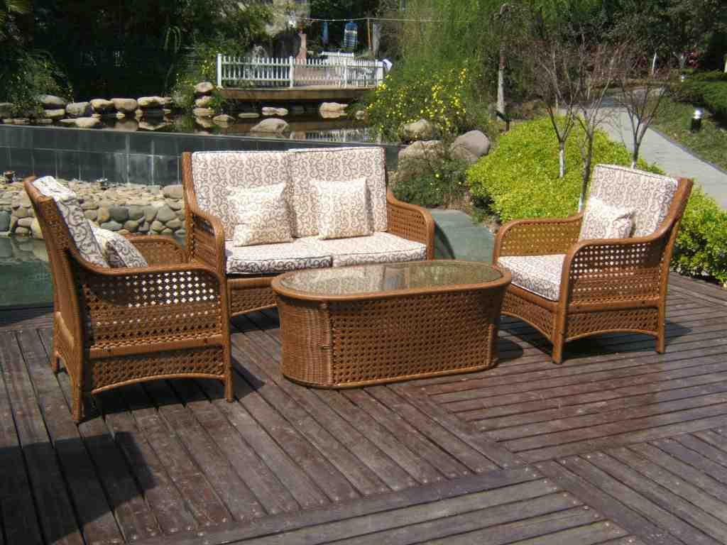 Inexpensive wicker patio furniture decor ideasdecor ideas - Outdoor furniture design ideas ...