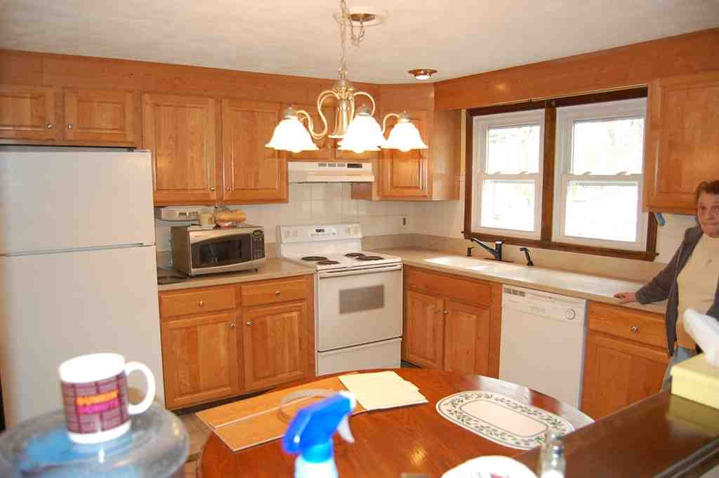 28 kitchen cabinet refacing companies cabinet for Kitchen cabinet companies
