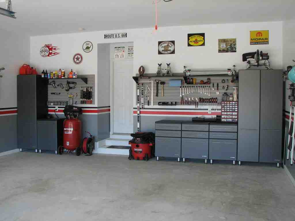man cave garage designs decor ideasdecor ideas. Black Bedroom Furniture Sets. Home Design Ideas