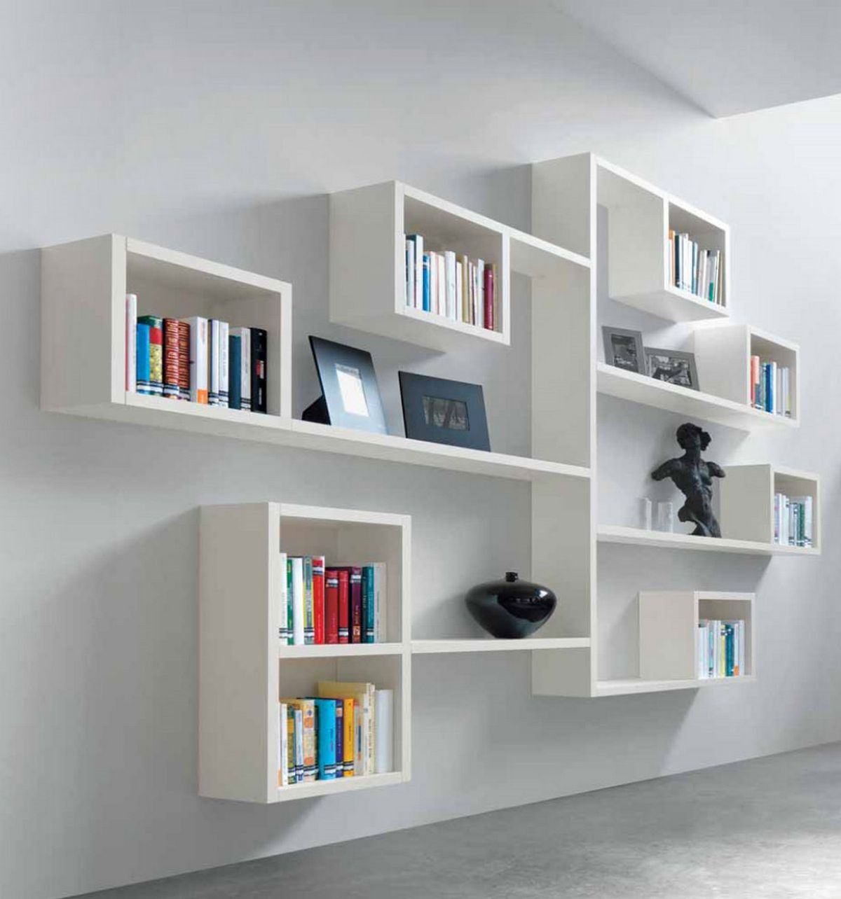 Wall mounted shelving systems decor ideasdecor ideas for Decor systems
