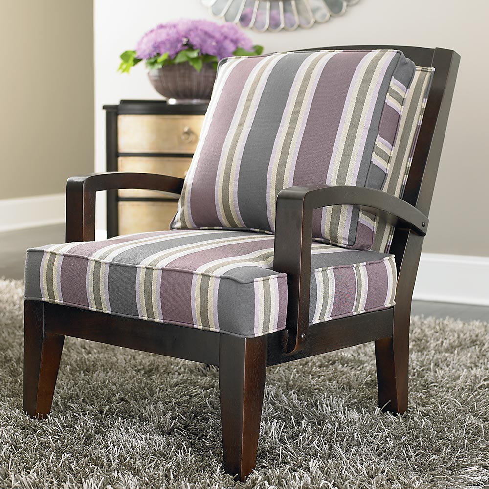 Leather accent chairs for living room for Accent housing