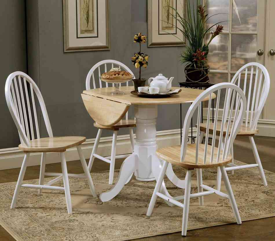 Kitchen Table And Two Chairs: Round Kitchen Table And Chairs Set