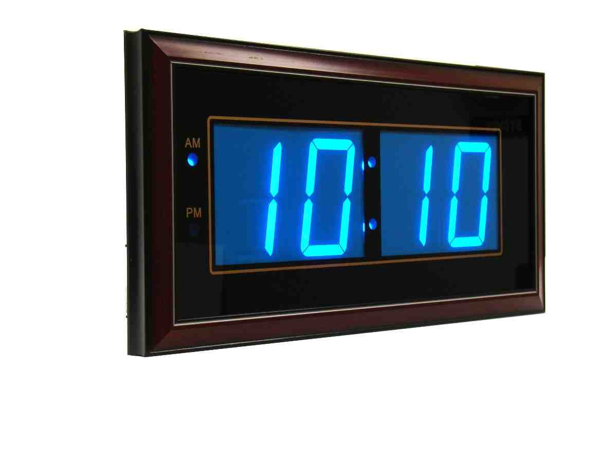 Digital led wall clocks battery operated decor ideasdecor ideas - Digital illuminated wall clocks ...