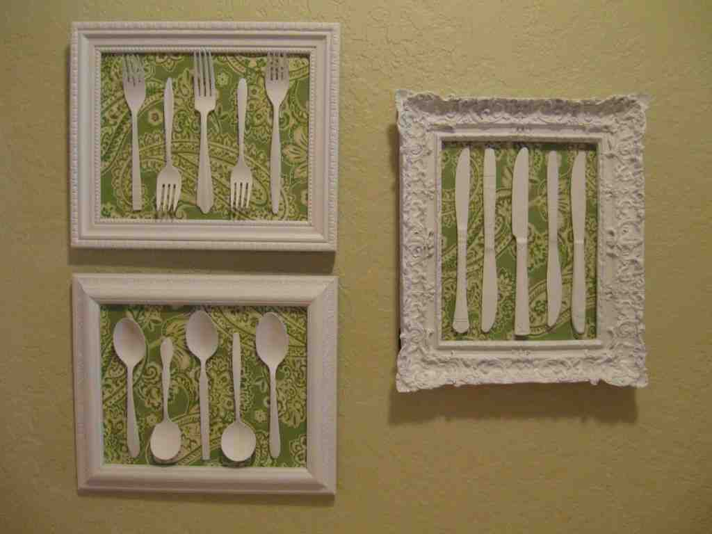 Diy kitchen wall decor decor ideasdecor ideas for Wall decoration items