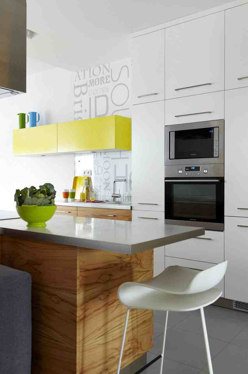 Small kitchen decorating ideas for apartment decor for Decorating apartment kitchen ideas