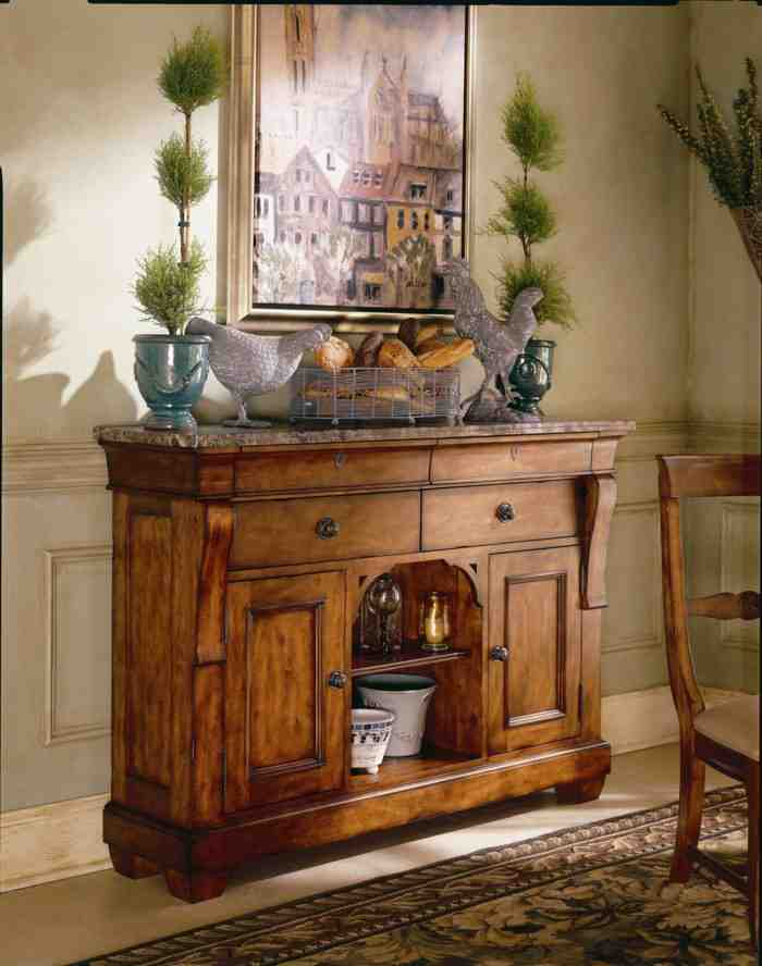 Decorating Dining Room Buffets And Sideboards