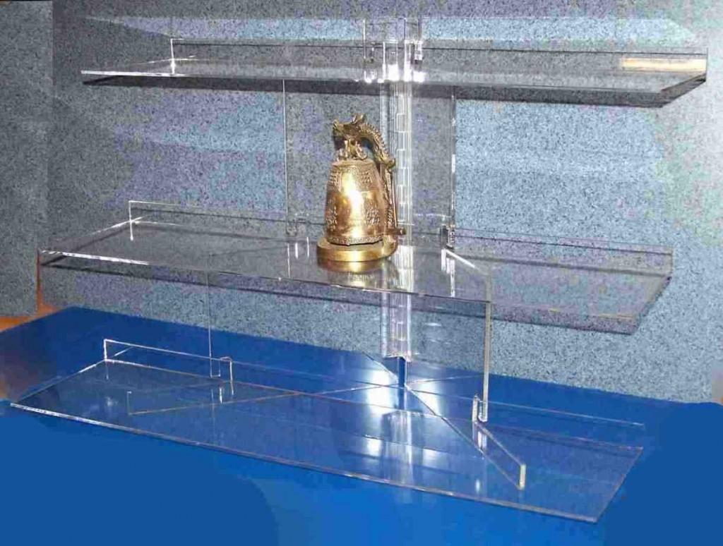 Plexiglass Shelves