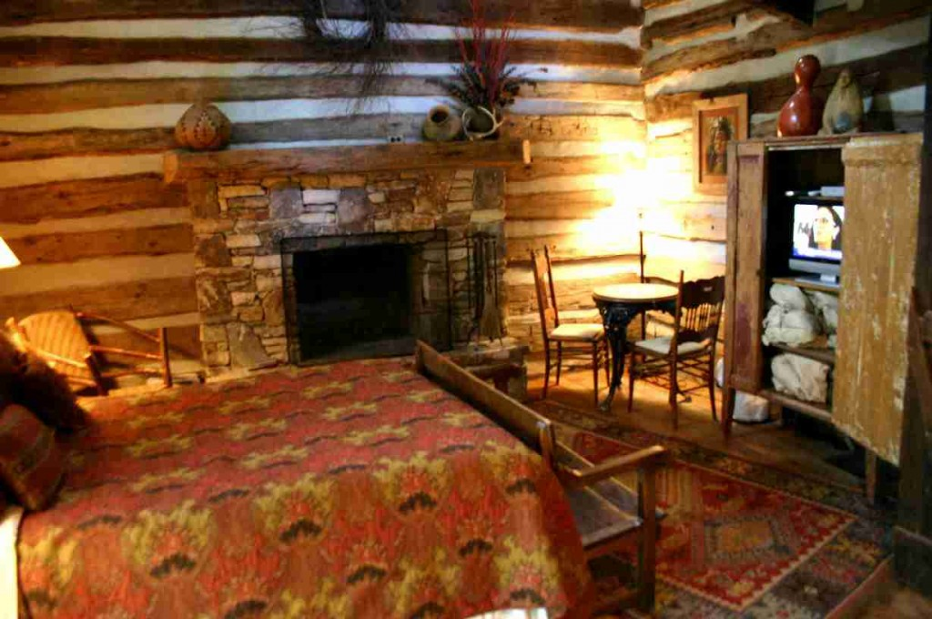 Log Cabin Decorations
