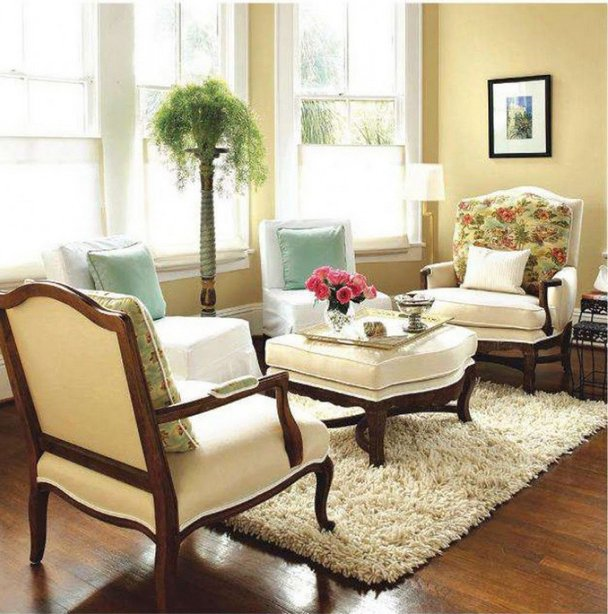 Decorating Small Living Room Spaces