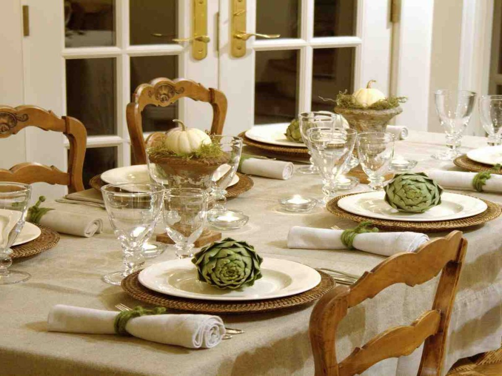 Extraordinary dining room setting ideas pictures designs for Formal dining table