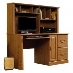 Oak Desk With Hutch