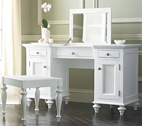 White Bedroom Vanity