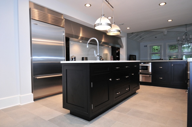 Black Shaker Kitchen Cabinets