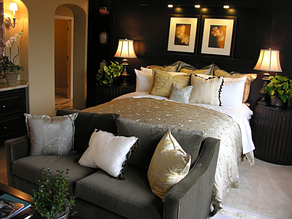Decorating Ideas for Bedrooms on a Budget - Decor IdeasDecor ...
