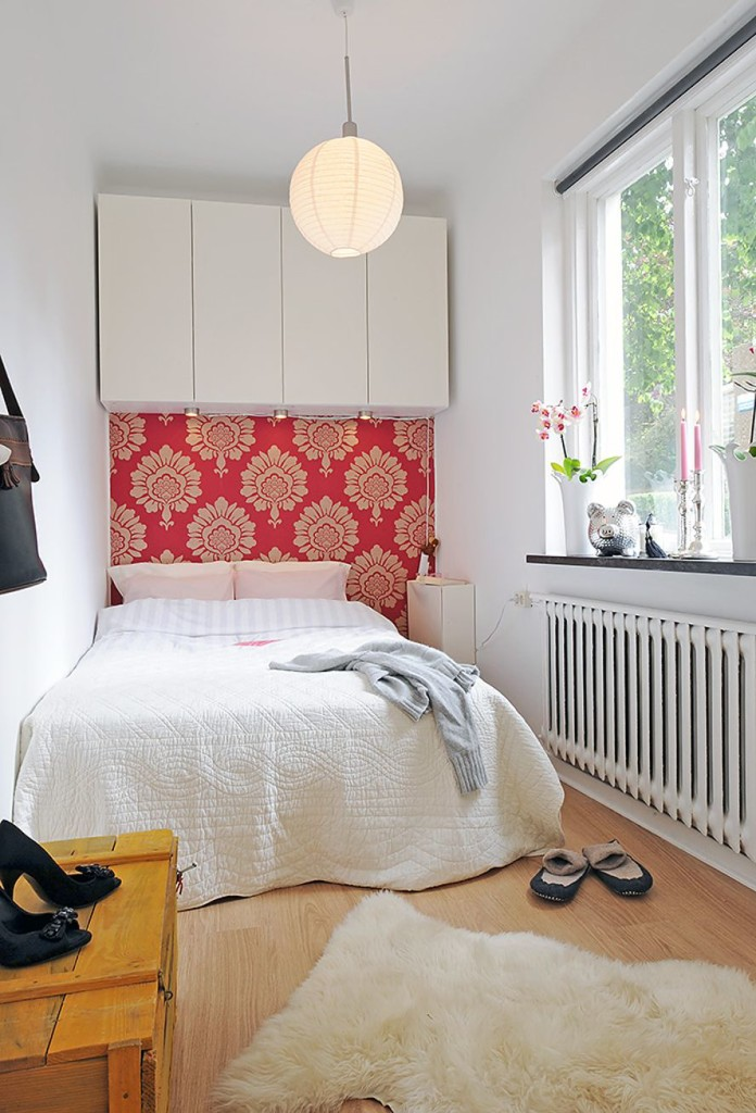 Decorating a Small Bedroom on a Budget