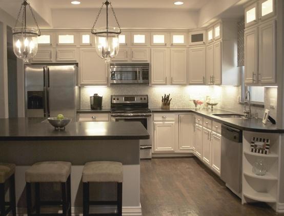 Under Kitchen Cabinet Lighting Ideas