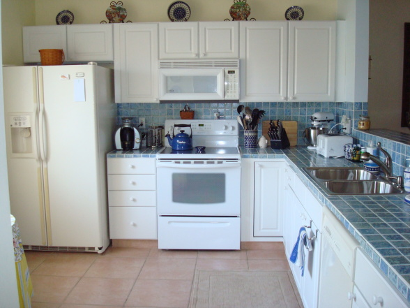 white kitchen cabinets and white appliances white kitchen cabinets and white appliances decor 2052