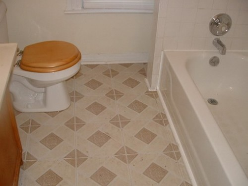 tile floor designs for small bathrooms small bathroom floor tiles with awesome image eyagci 25789