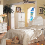White Wicker Bedroom Set