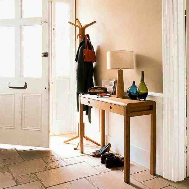 Entryway Tables and Consoles